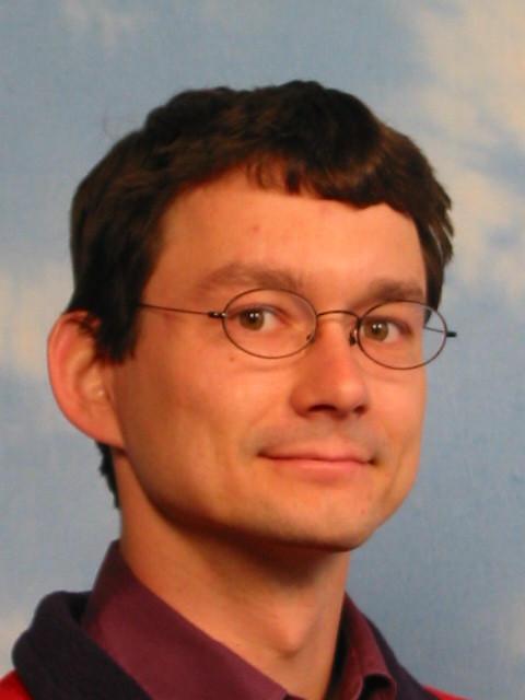 Dr Dirk Beyer
